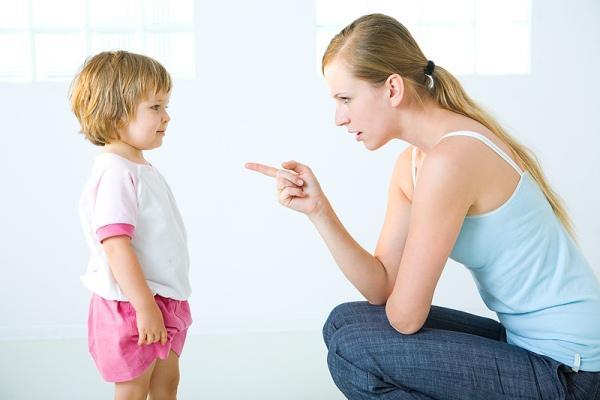 Строгое воспитание: залог здорового веса у ребенка
