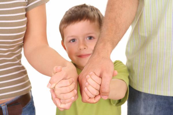 Трудности в воспитании ребенка могут быть следствием не только среды обитания