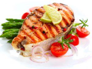 Рыбные блюда снижают риск астмы у детей