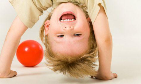 Гиперактивность ребенка: что делать родителям