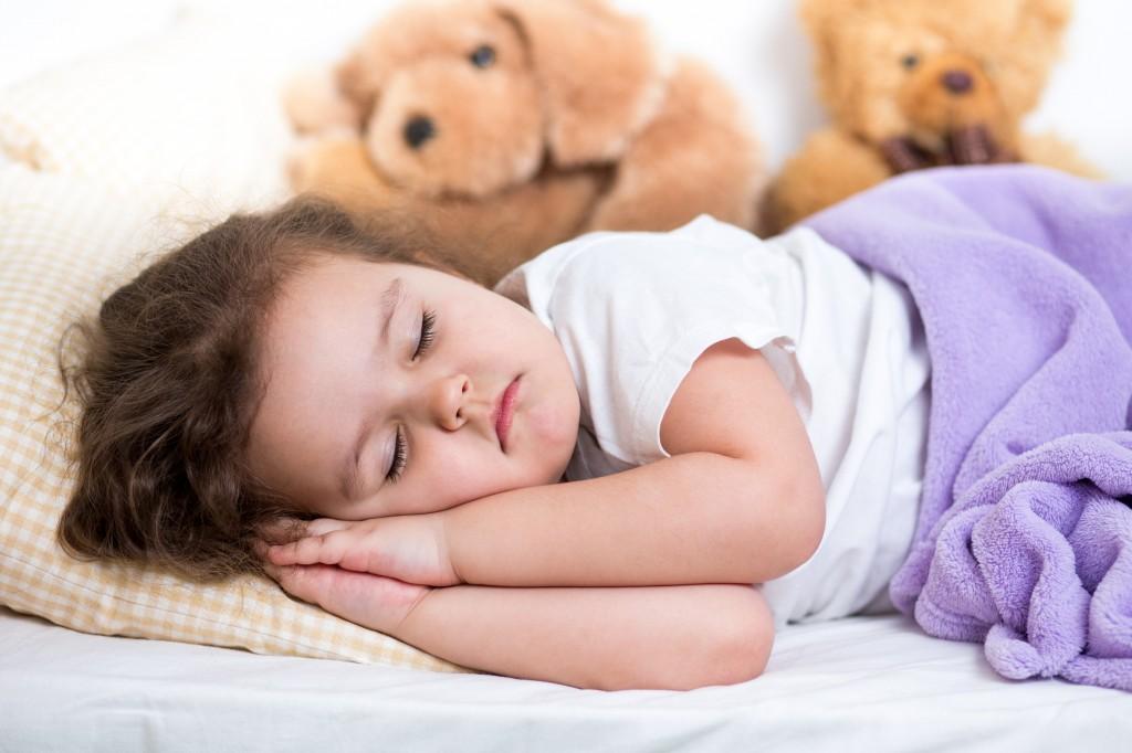 Открытие: дневной сон способствует развитию речи