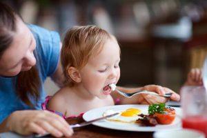 Не стоит заставлять детей есть