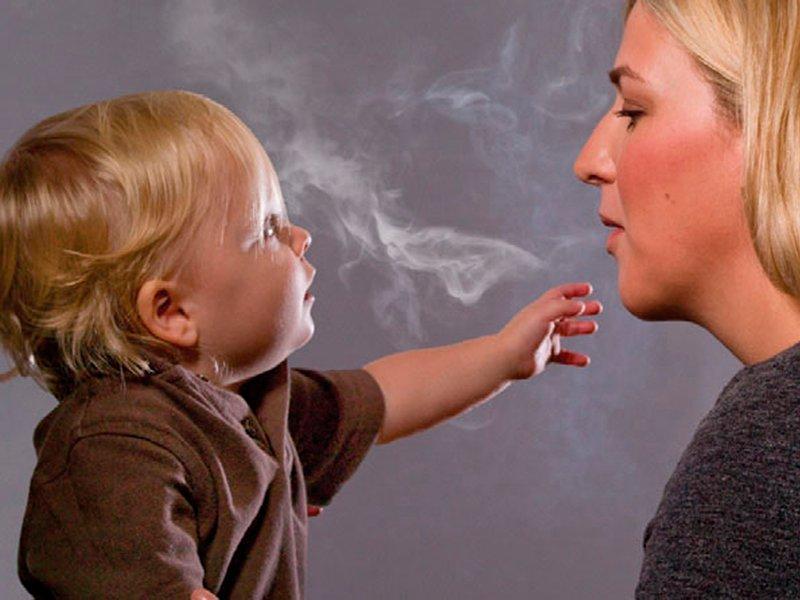 У детей из семей курильщиков в моче обнаружены канцерогены в 90% случаев