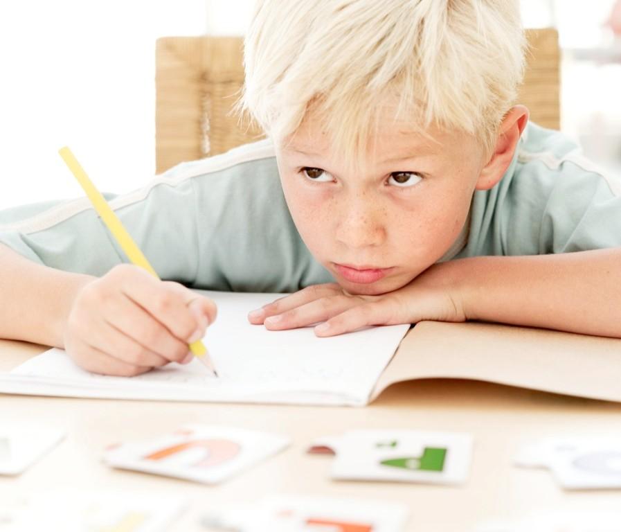 Психологи выяснили, как повысить успеваемость ребенка