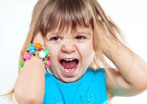 Детские истерики могут быть признаком болезни