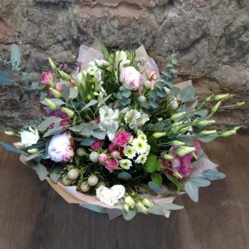 Быстрая доставка свежих букетов из цветов