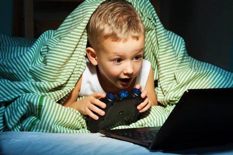 Компьютерные игры с элементами насилия могут сделать ребенка более враждебным