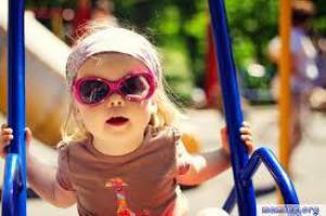 С ребенком на пляже: меры безопасности