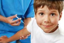 Детей без прививок отказываются брать в школу. Законно ли это?