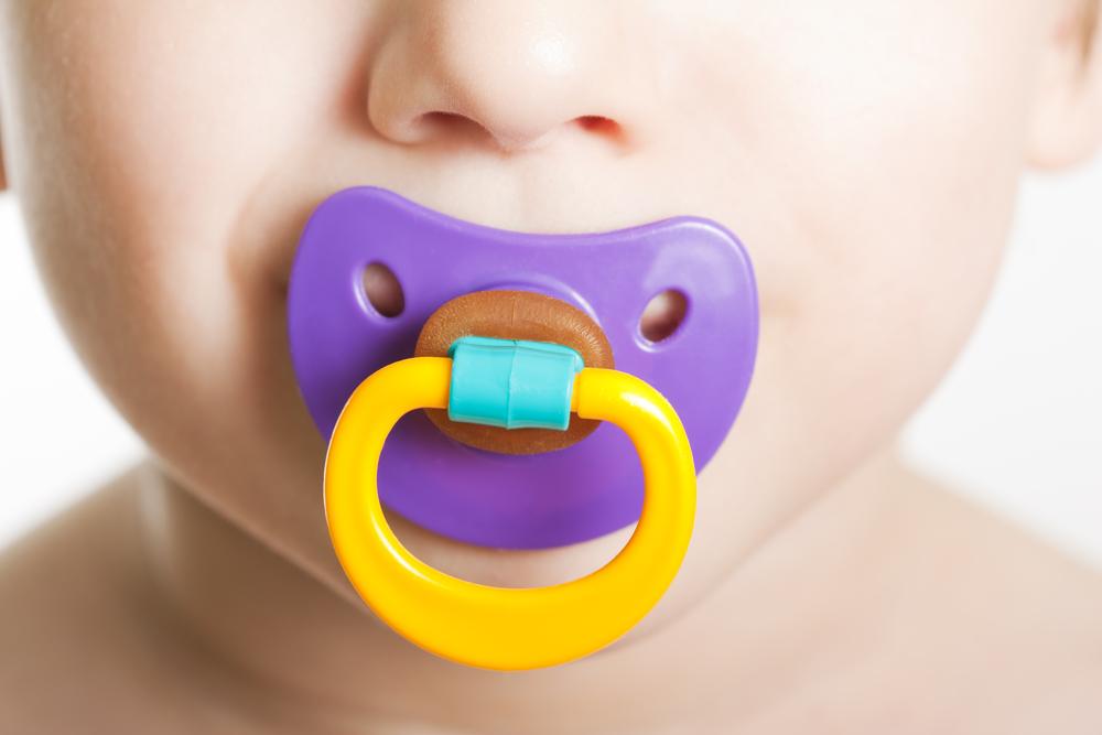 В детских сосках больше канцерогенов, чем в презервативах
