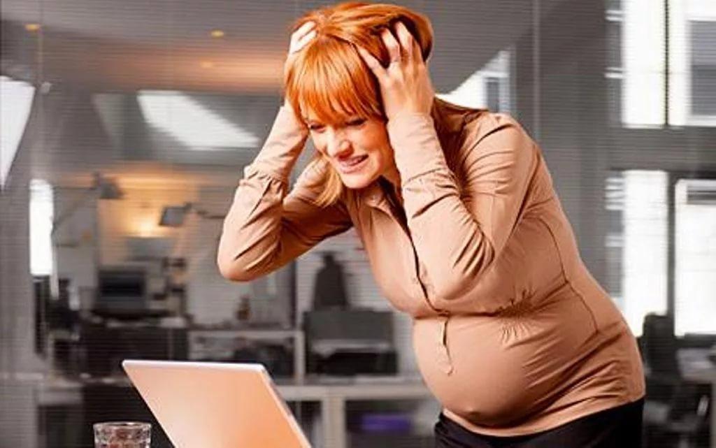 Сильный стресс во время беременности может привести к шизофрении у ребенка