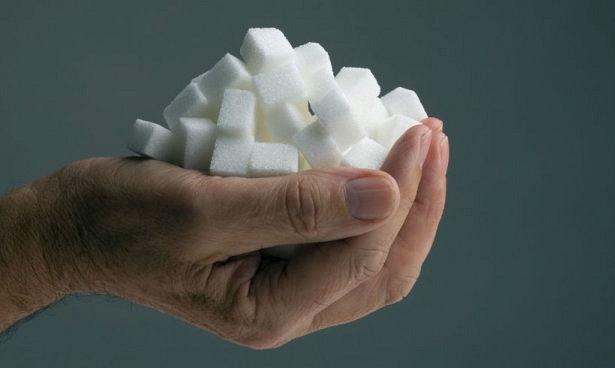 Здоровое отношение к сладкому: как помочь своим детям?