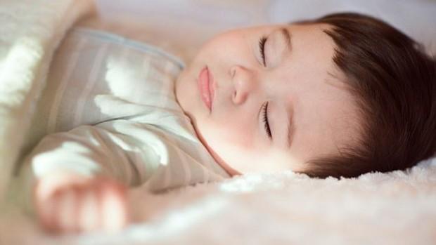 Сон помогает детям научиться говорить