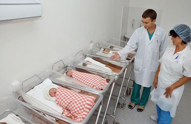 Росстат: смертность в России превышает рождаемость