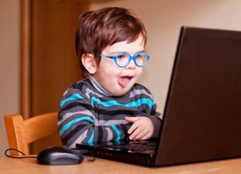 Советы для современных мамочек: зачем ребенку компьютерные игры и онлайн-пазлы