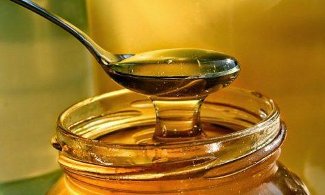 Доказана эффективность меда как средства от кашля для детей