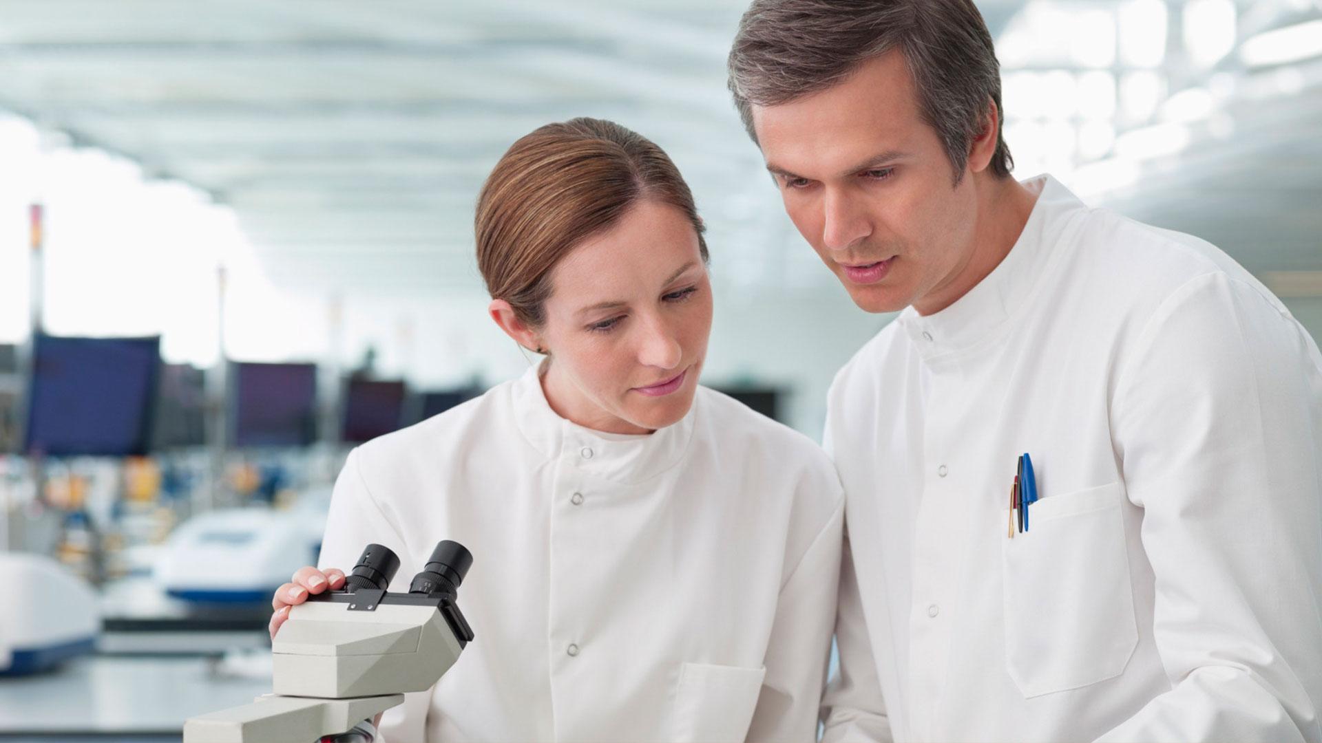Анализы ДНК в современной лаборатории