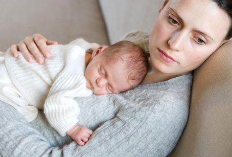 Депрессия матери влияет на будущее ребенка