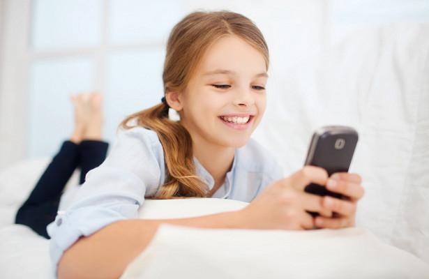 Детям нельзя пользоваться смартфонами больше 2 часов
