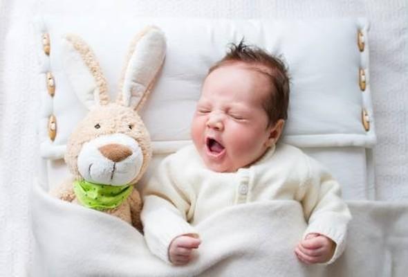 Плач младенца влияет на качество его сна