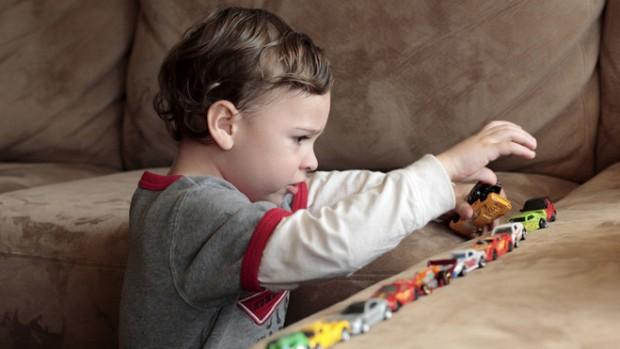 Изучение второго языка идет на пользу детям с аутизмом