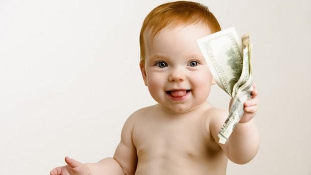 Маленьким детям нельзя давать деньги на карманные расходы