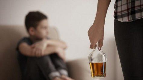 Подростковый алкоголизм признан опасным для здоровья будущего потомства