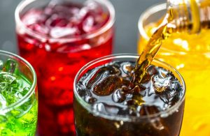 Названы опасные для жизни младенцев напитки
