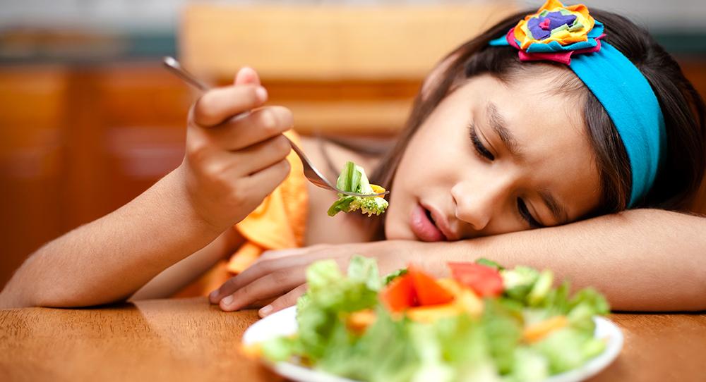 Соблюдение диет может негативно повлиять на поведение девочек-подростков