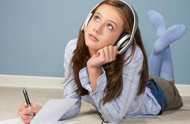 Современные подростки сильно поглупели