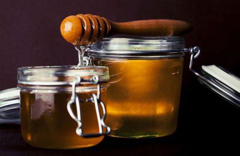 Мёд может спасти малыша, проглотившего батарейку