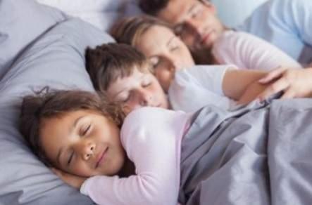 Ученый рассказал, как избавиться от депрессии, не вставая с постели