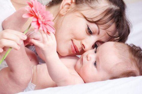 Кормление грудью: плюсы и минусы