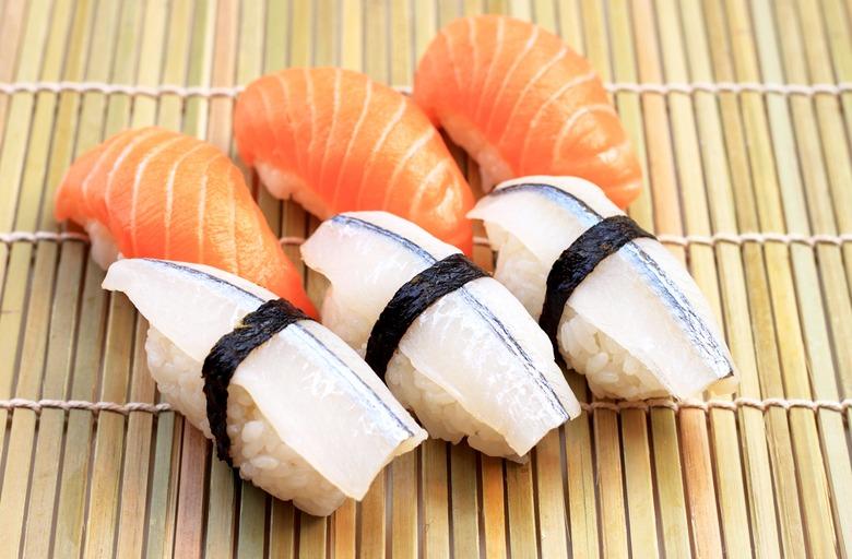 Суши и роллы: основные различия и особенности японских деликатесов
