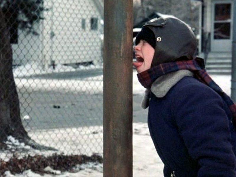 6 советов, как отлепить зимой язык от металла