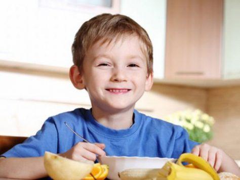 Приучить детей к здоровому питанию поможет сыр