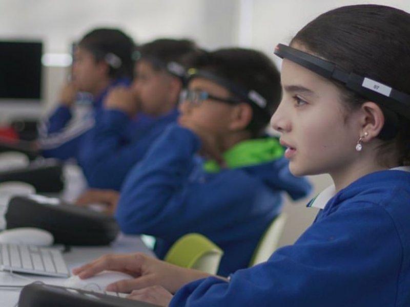 Школьникам измерят активность мозга прямо в классах