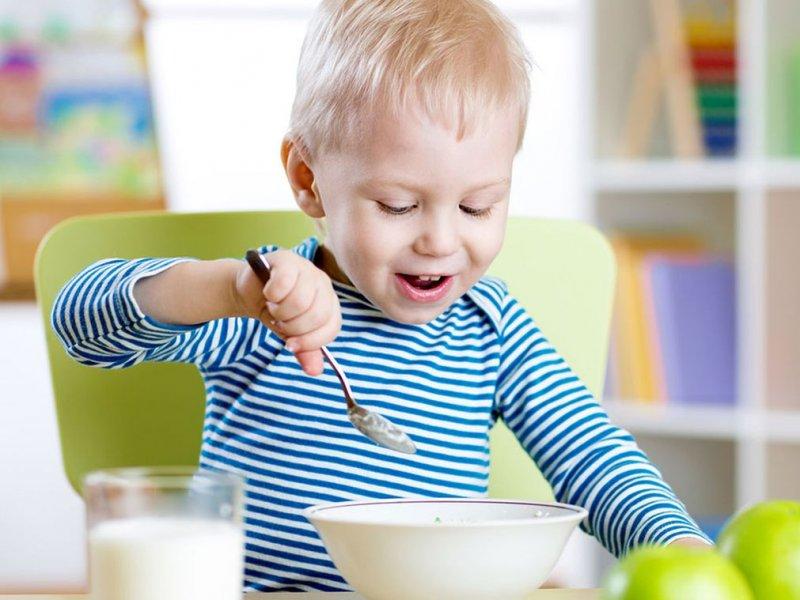 Вес маленьких детей влияет на будущие анорексию и булимию