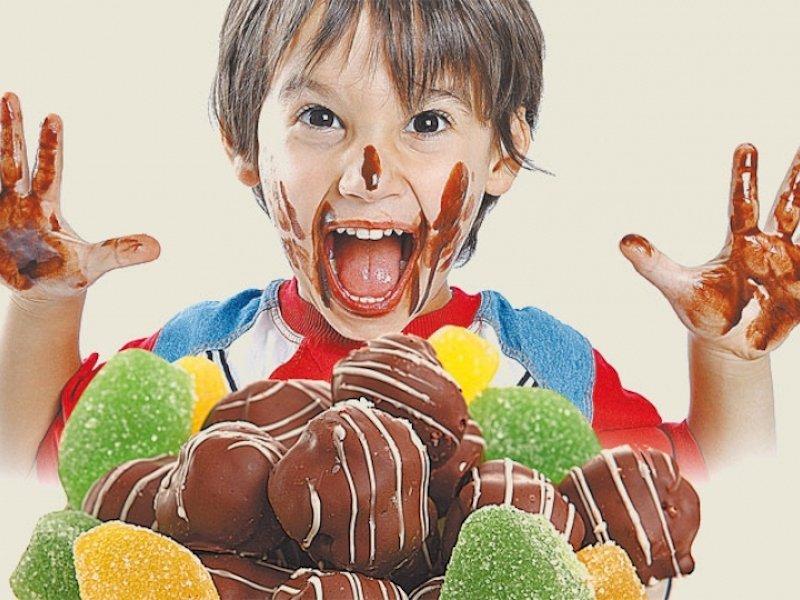 Можно ли детям есть конфеты?
