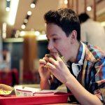 Почему толстеют российские дети: рассуждает врач Елена Павловская