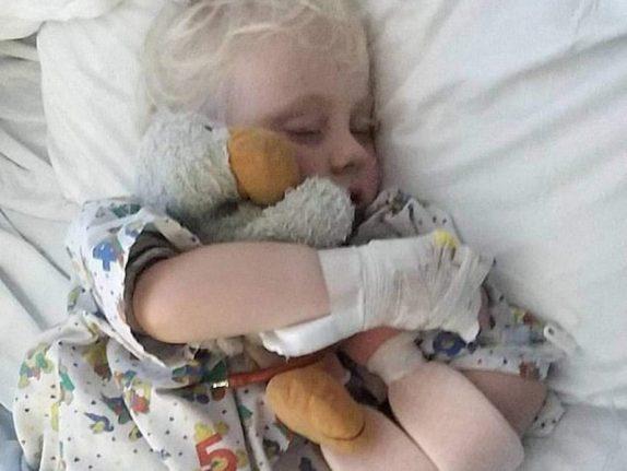 Вызвавший паралич у сотен детей вирус найден
