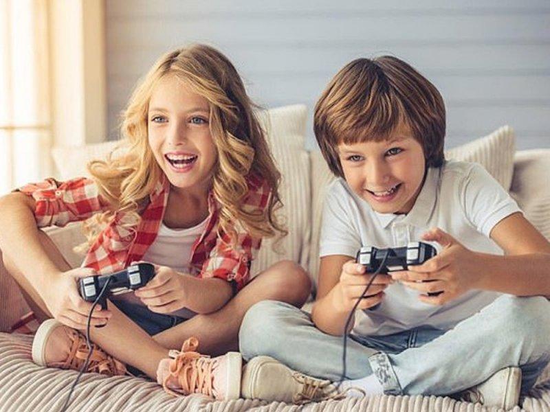 Видеоигры мешают заводить друзей девочкам, но не мальчикам