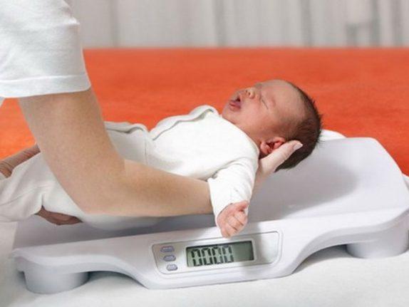 Новорожденные девочки с недостаточным весом в будущем чаще страдают от бесплодия