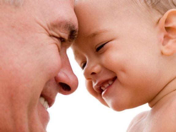 Ученые из США: дети отцов старше 35 лет рискуют своим здоровьем