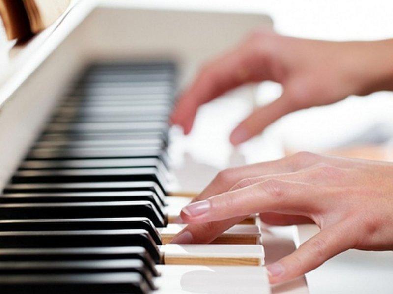 Занятия музыкой помогают школьникам осваивать математику и лучше учиться в целом