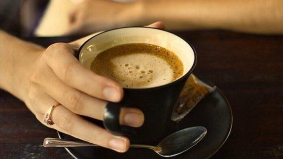 Медики объяснили, почему беременным нельзя пить кофе