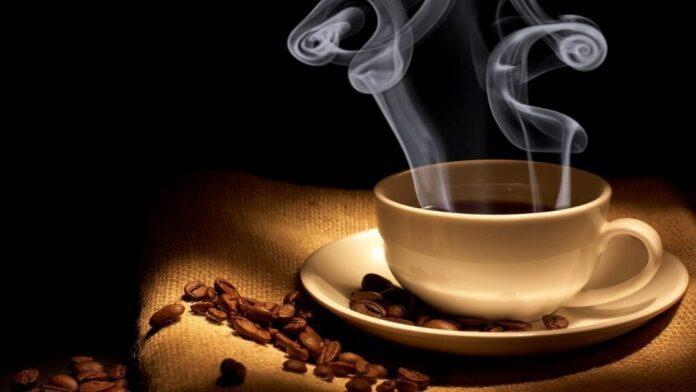Медики сообщили, как кофе влияет на плод при беременности