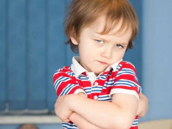Логопед-дефектолог назвала причины, из-за которых современные дети начинают позже говорить