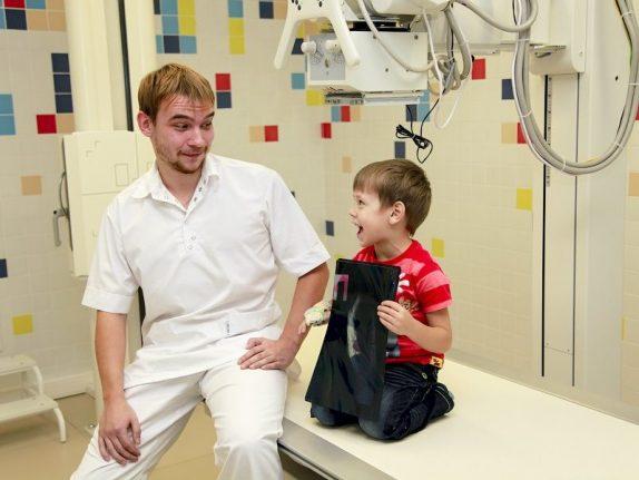 Программа виртуальной реальности помогает детям не бояться рентгена