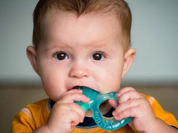 Почти у всех детей токсический уровень пластика в организме